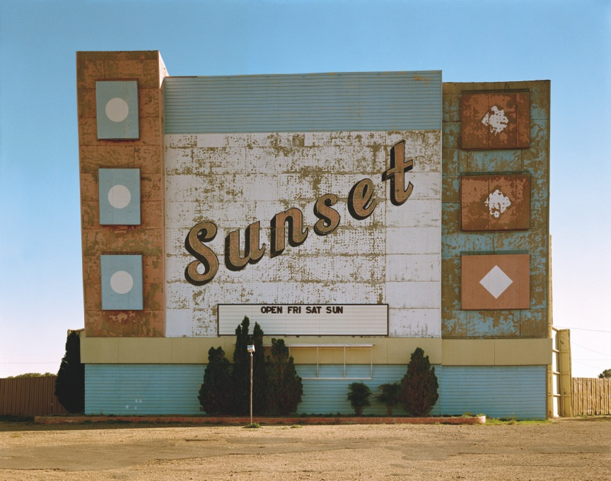 "Stephen Shore: ""West Ninth Avenue, Amarillo, Texas, October 2, 1974"" aus der Serie ""Uncommon Places"" 1973-81 © Stephen Shore, Courtesy 303 Gallery, New York"
