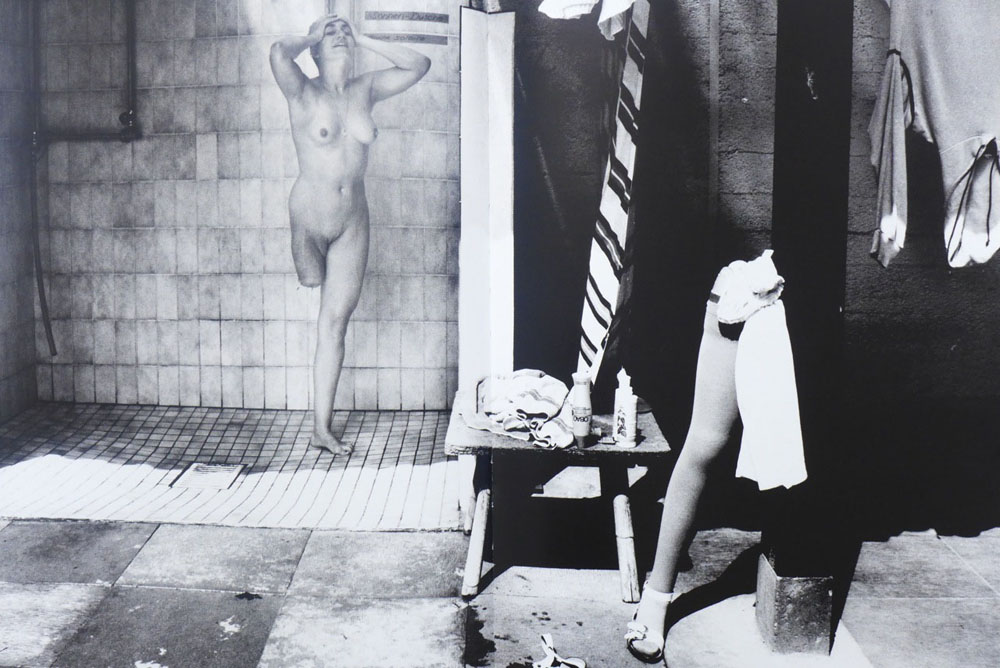 Michael von Graffenried: aus dem Zyklus »Nackt im Paradies«, Thielle (Schweiz), 1998 © Michael von Graffenried