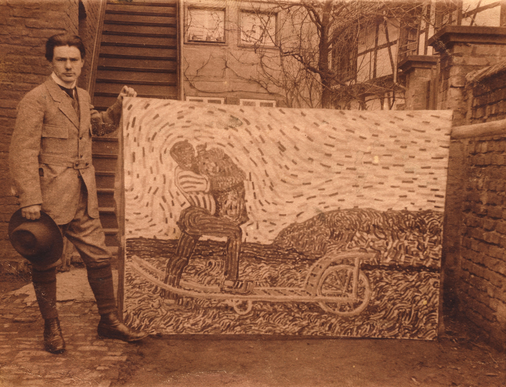 Wilhelm Morgner, im November 1911 vor seinem Atelier in Soest Foto: Wilhelm-Morgner-Archiv, Soest