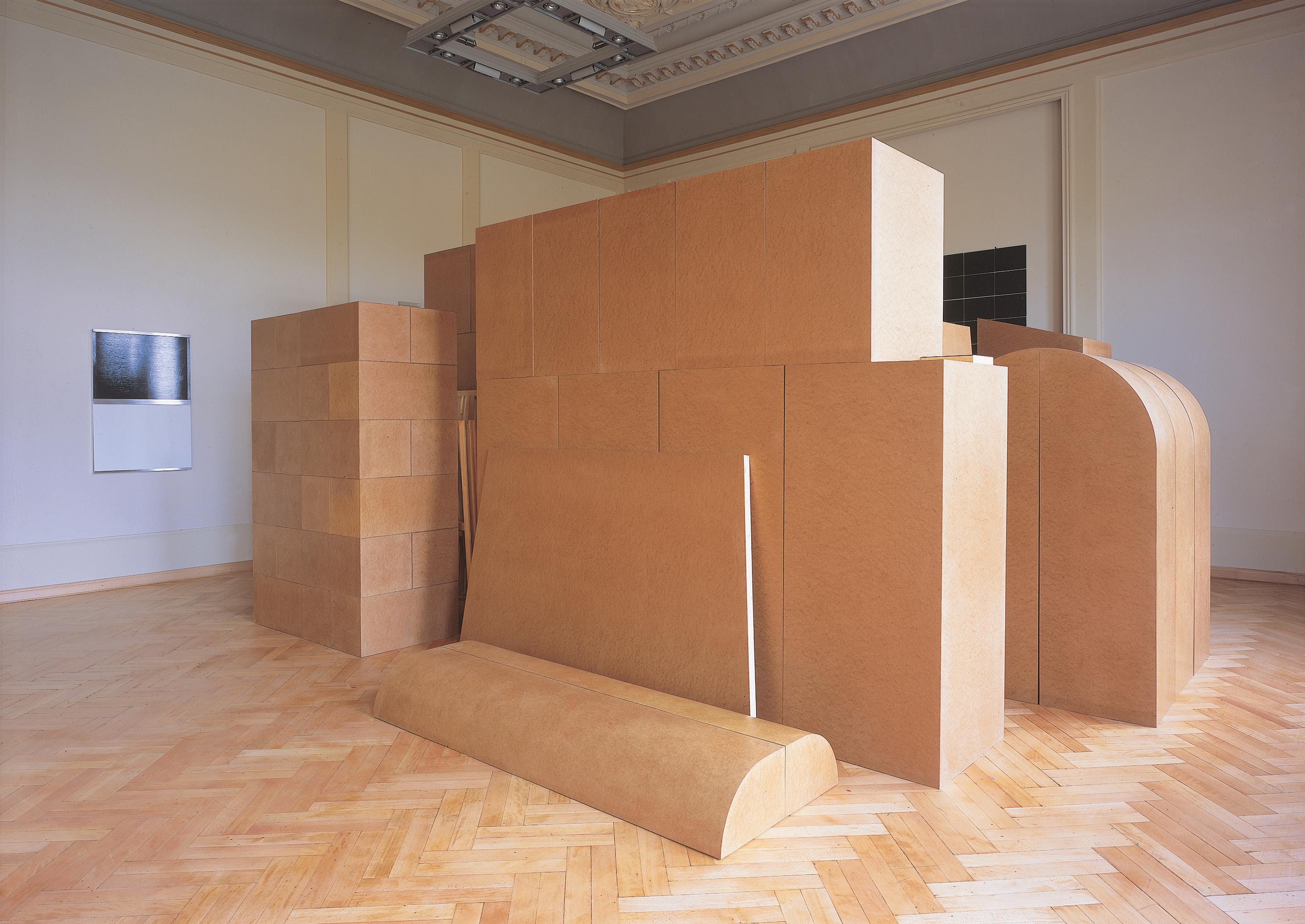 Imi Knoebel: Raum 19 III, 1968/2006 Hartfaser, Holz, Keilrahmen Besitz des Künstlers Foto: Ivo Faber © VG Bild-Kunst, Bonn 2014