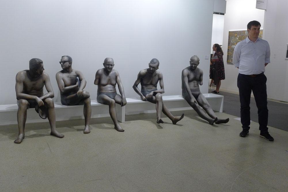 "Art Basel: Martin Honert: ""VSG-Gruppe"", 2015 bei Galerie Johnen, Berlin, Foto: Klaas"