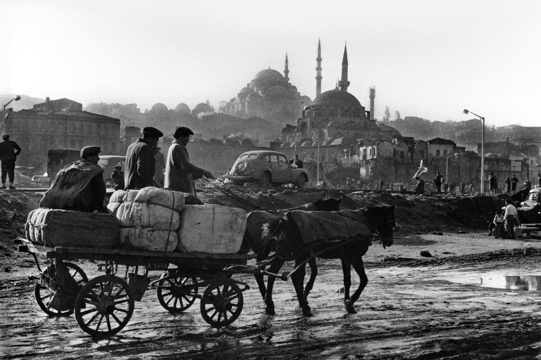 Imagine Istanbul: Genç Dergi, Ara Güler