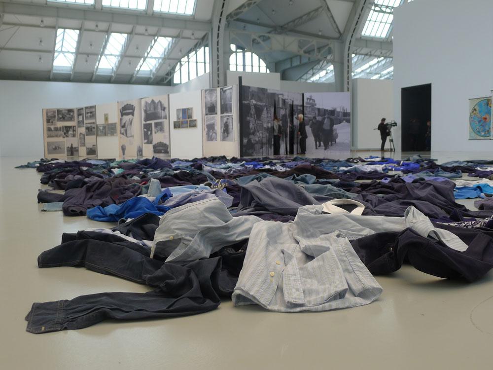 """Streamlines: Kader Attia: """"La Mer Morte"""", 2015, Foto: Klaas"""