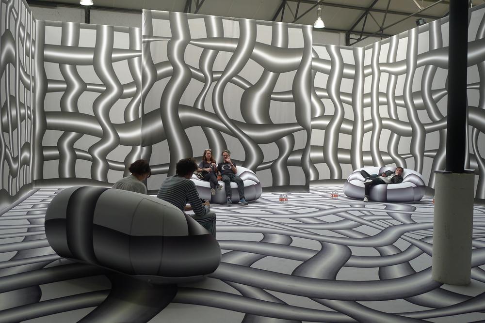 Art Brussel: ING-Lounge von Peter Kogler, Foto: Heiko Klaas