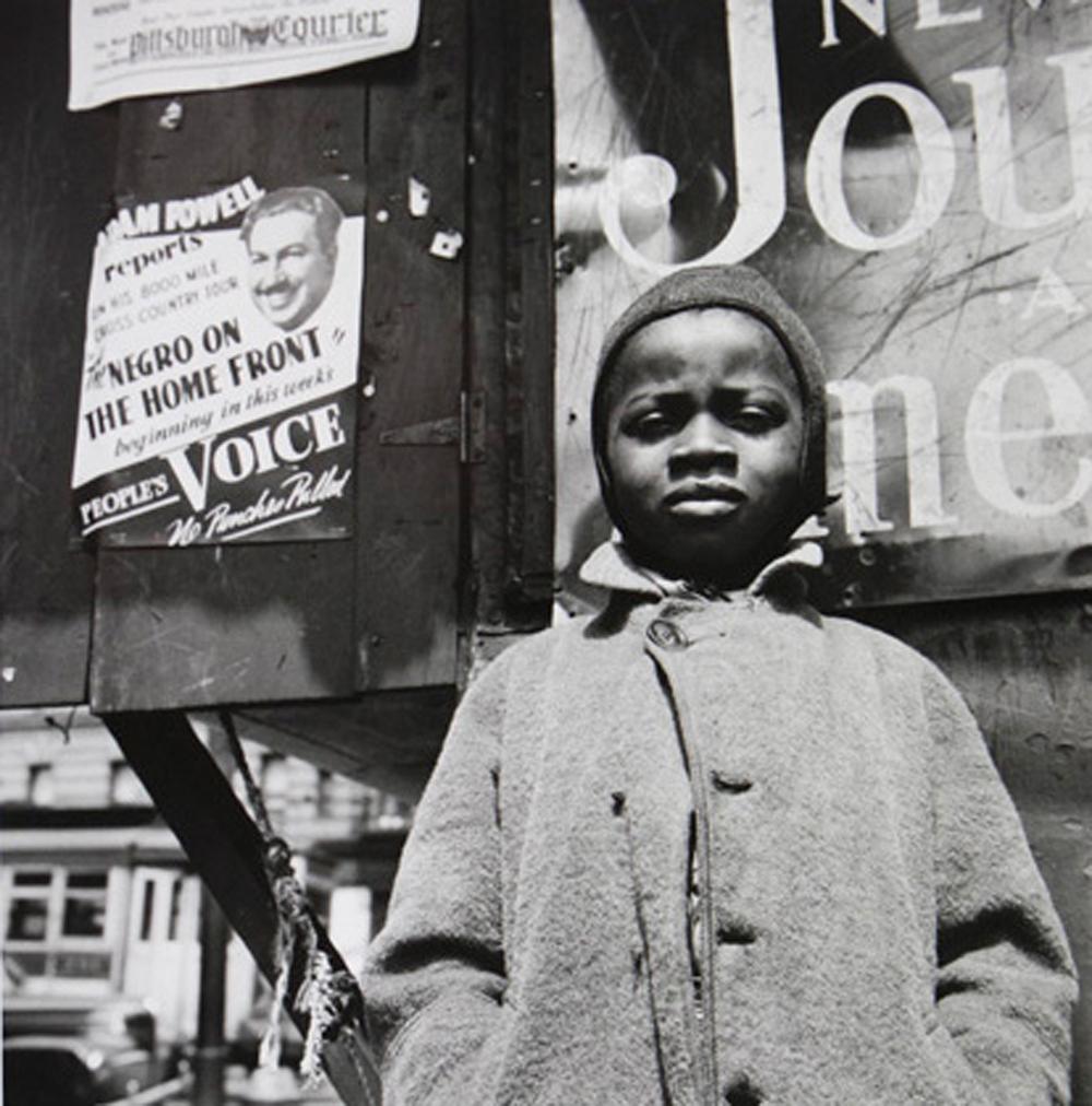 Gordon Parks Harlem Newsboy, Harlem, New York, 1943 gelatin silver print 35.9 x 35.2 cm (14 x 14 inches) (c) The Gordon Parks Foundation