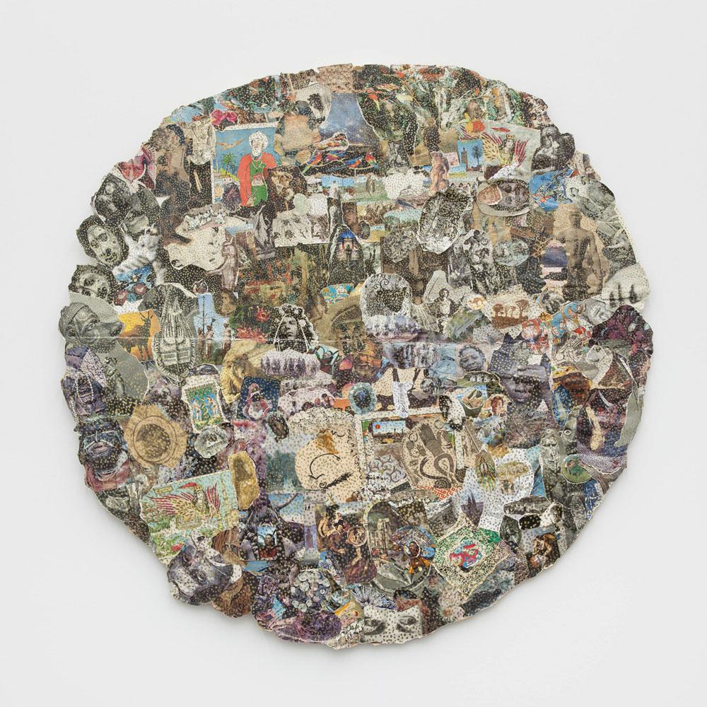Michael Buthe Weltkarte, 1970 Collage (auf Textil, auf Leichtschaumplatte), Kunstmuseum Luzern, Leihgabe aus Privatbesitz, © Pro Litteris, Zürich